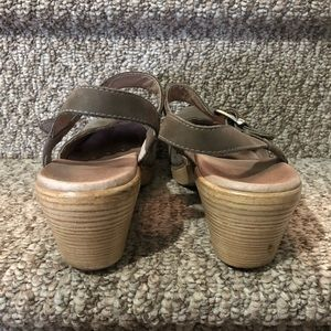 Dansko Shoes - Dansko Marta Mary Jane in Taupe Nubuck